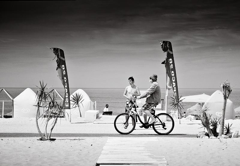 bicycling on Caparica's beach
