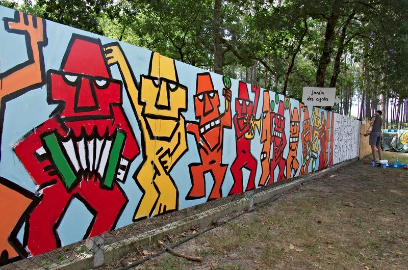 Fresque à Musicalarue 2015 - cc by-sa manu'pintor - août 15