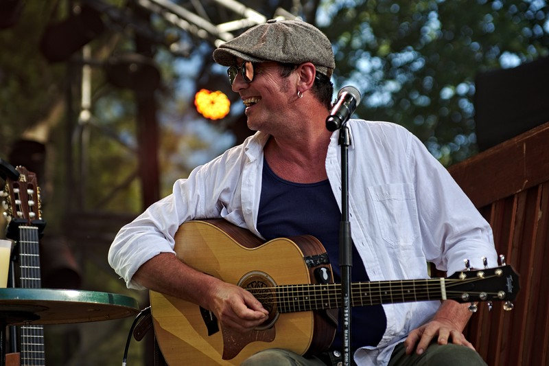 Yves Jamait à Musicalarue 2016 - cc by-sa manu'pintor - août 16