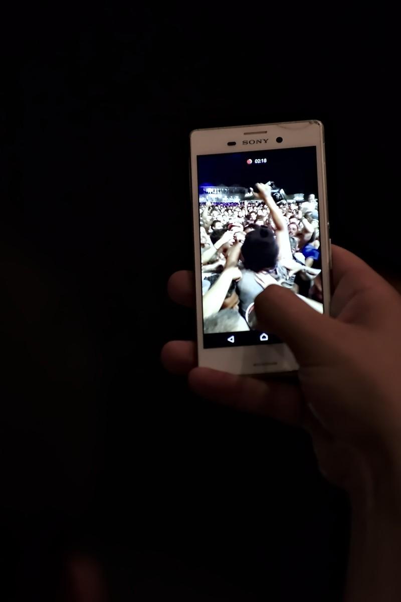 Doc Gyneco dans la foule à Musicalarue 2016 - cc by-sa manu'pintor - août 16
