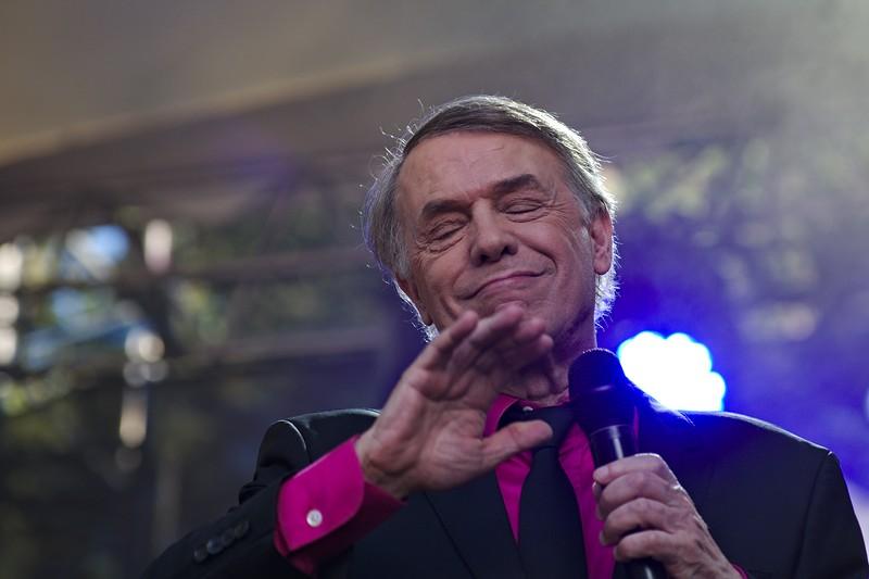 Salvatore Adamo à Musicalarue 2016 - cc by-sa manu'pintor - août 16