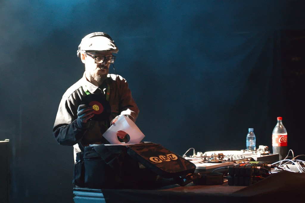 The Herbaliser DJ Set à Musicalarue 2017 - cc by-sa manu'pintor - août 17