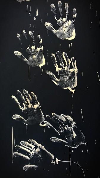 Si tous les gars du monde se donnaient la main, ils se battraient plus avec - cc by-sa manu'pintor - sept.18