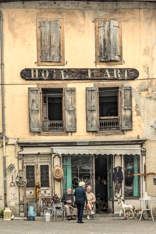time goes by - cc by-sa <a href=https://lepassepartout.fr>manu'pintor</a> - Massat juin 20